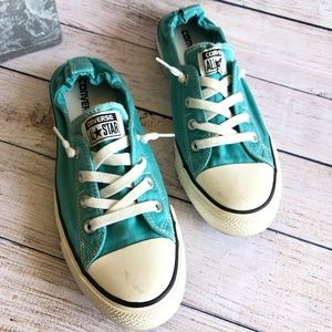 EUC Converse turquoise tennis shoes size 10